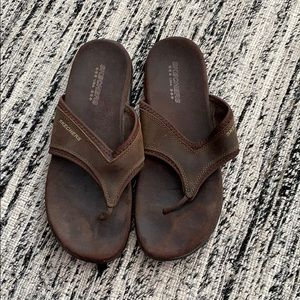 Brown sandals from Skechers